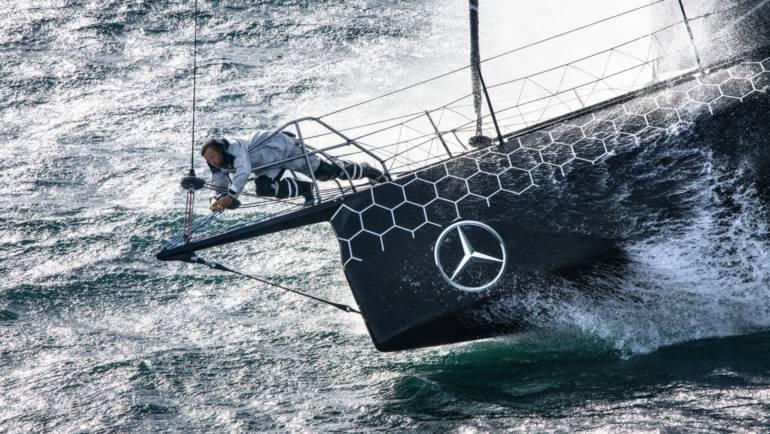 Alex Thomson ha logrado superar el récord que ostentaba François Gabart