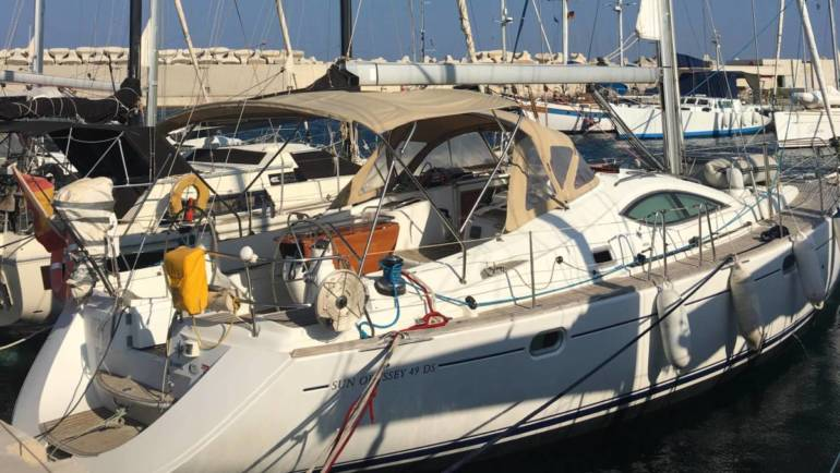 Sun Odyssey 49 Deck Salon (2.005)
